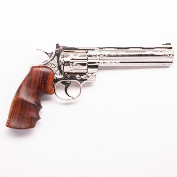 Colt Python (engraved)