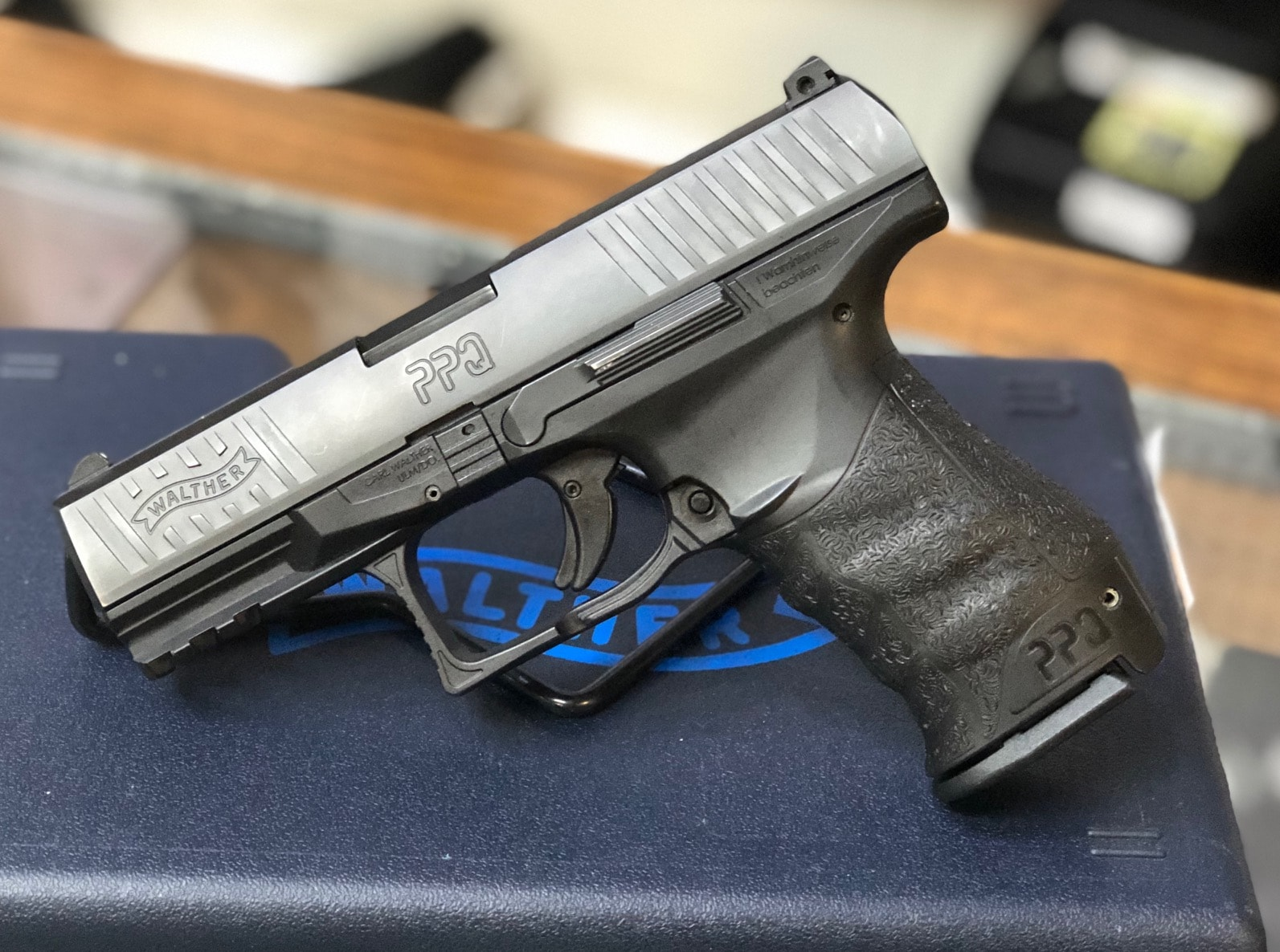 walther ppq on table