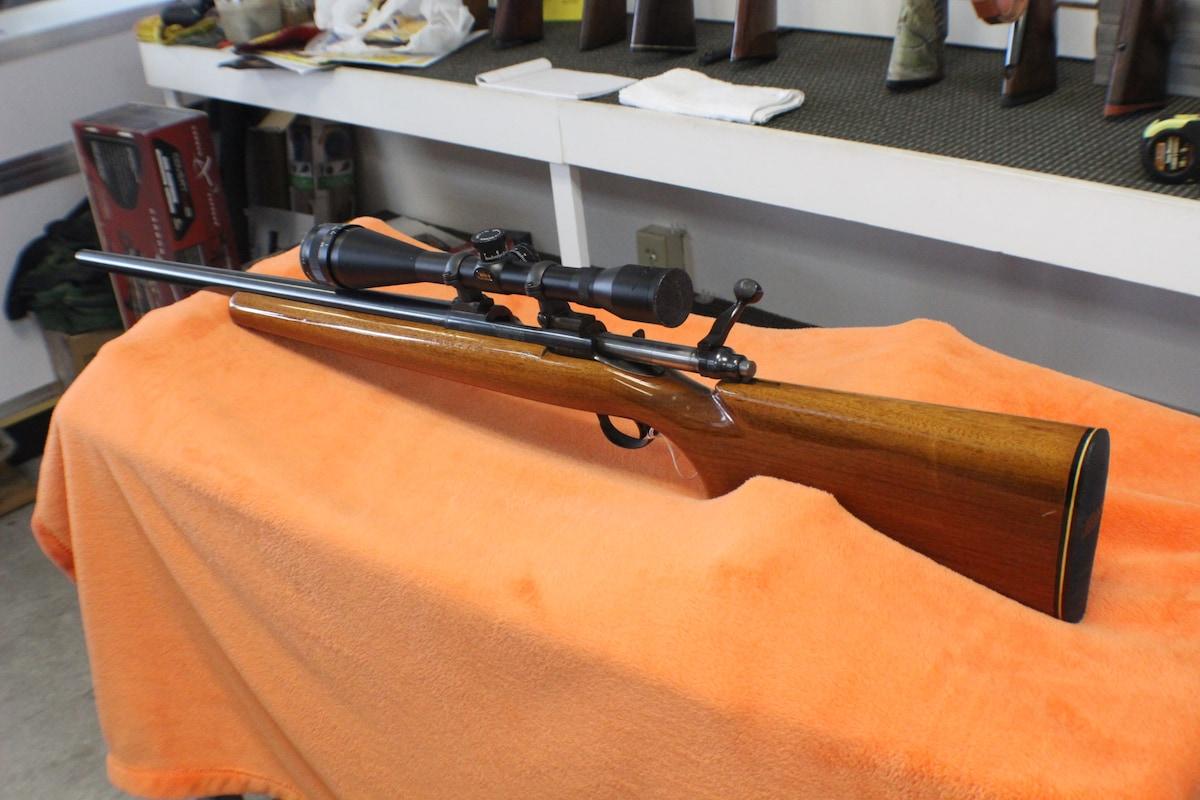 REMINGTON 40-XB Rangemaster Centerfire