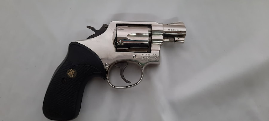 SMITH & WESSON MODEL 10-7