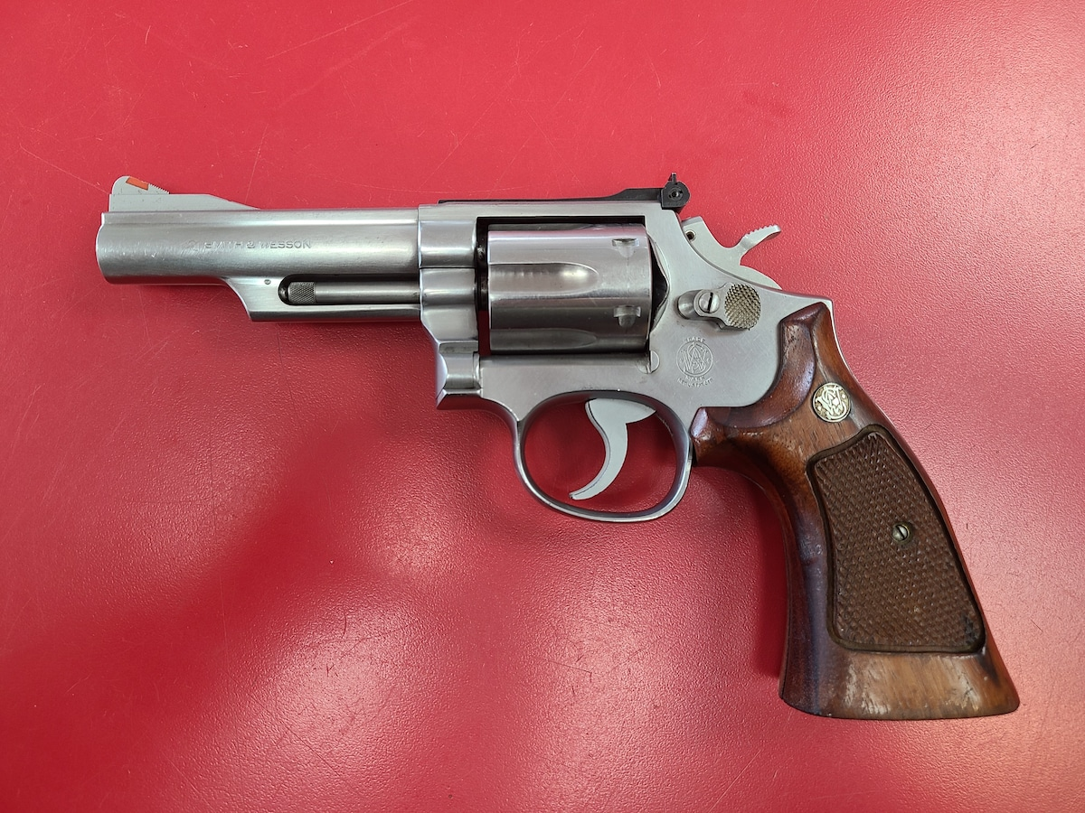 SMITH & WESSON 66-1