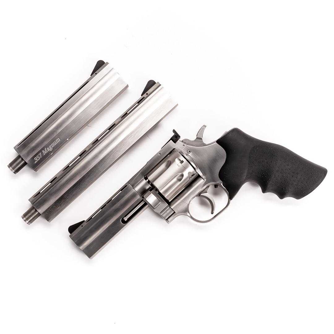 SMITH & WESSON 715