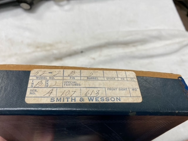 SMITH & WESSON Model 52-2 (Wadcutter only) Boxed Excellent