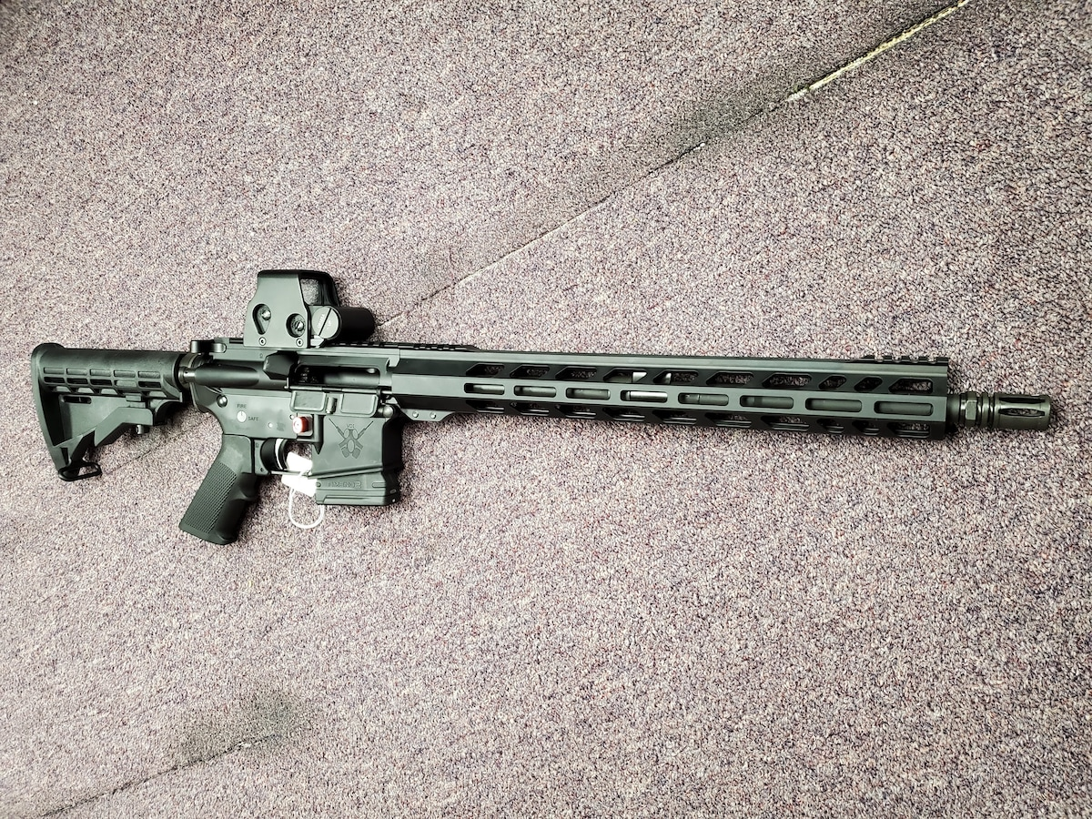 ADAMS ARMS Special Edition Fixed Magazine AA-15 with Red Dot package