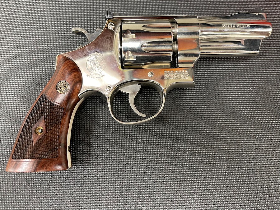 SMITH & WESSON 27-8