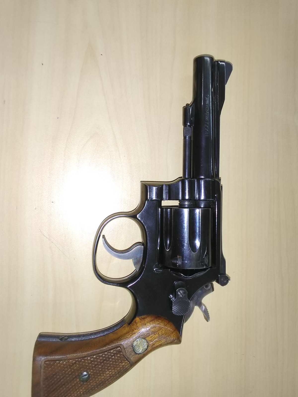 SMITH AND WESSON 15-3