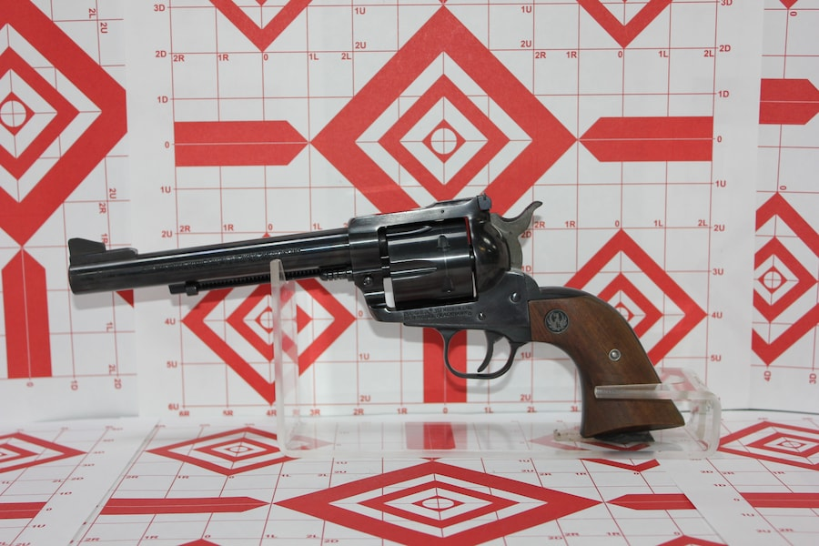 RUGER NEW MODEL BLACKHAWK .357 MAGNUM