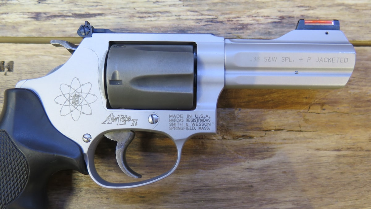 SMITH & WESSON 337-1