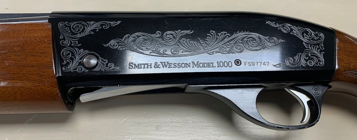 SMITH & WESSON MODEL 1000