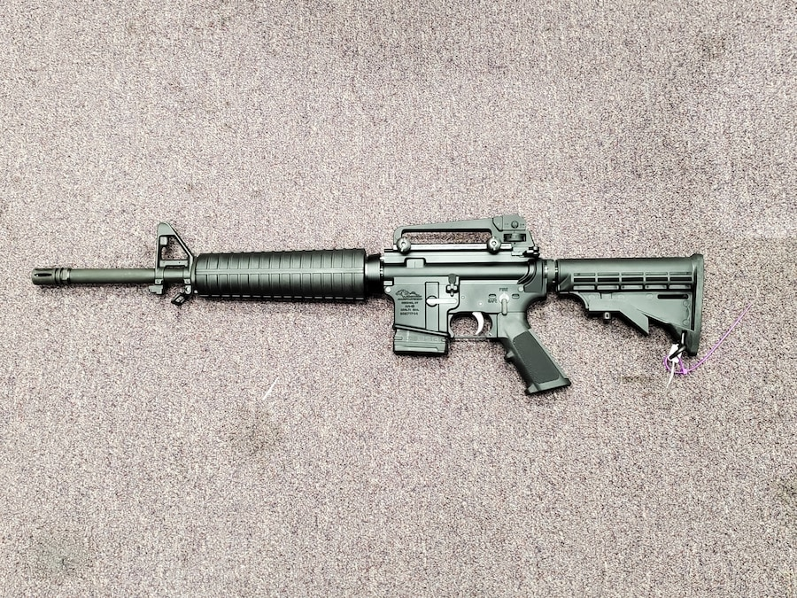 ANDERSON MANUFACTURING am15 m4 with a 10 or 30 rd magazine