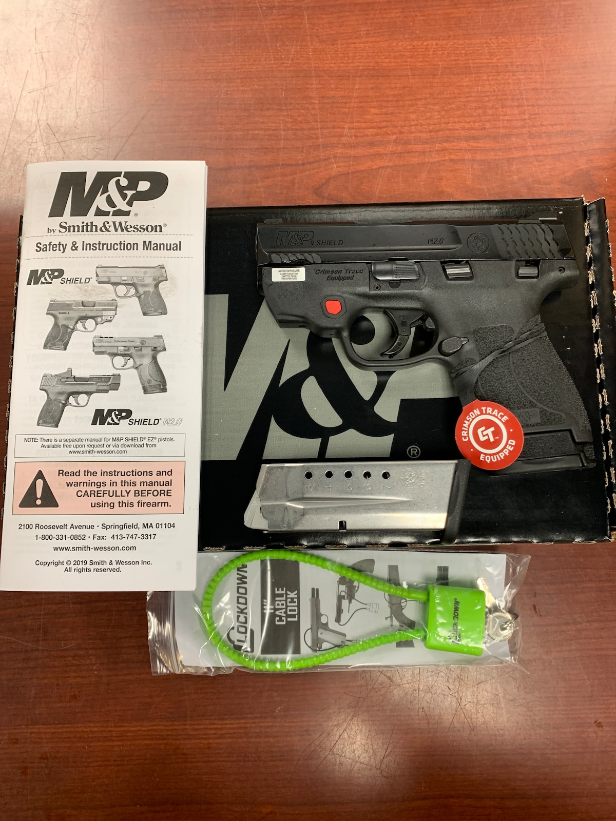 SMITH & WESSON m&p9 shield m2.0 thumb safety crimson trace laser