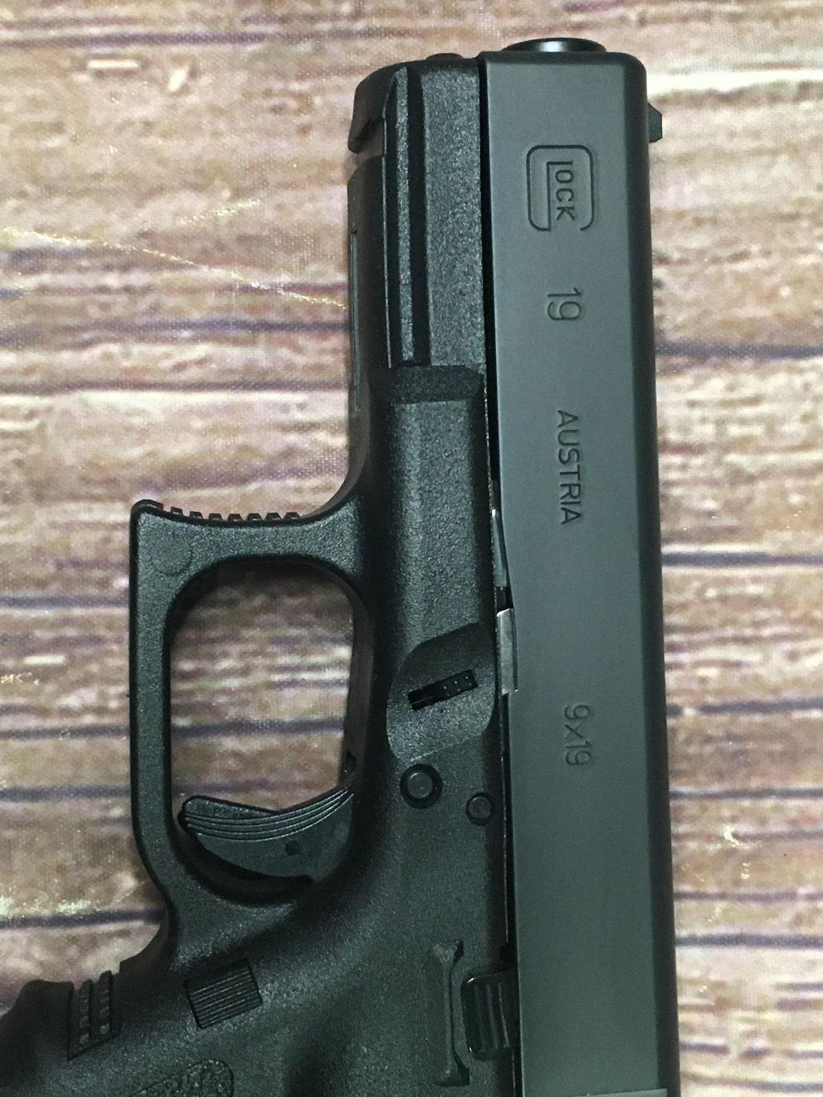 GLOCK 19 G19 Gen 3 California Approved