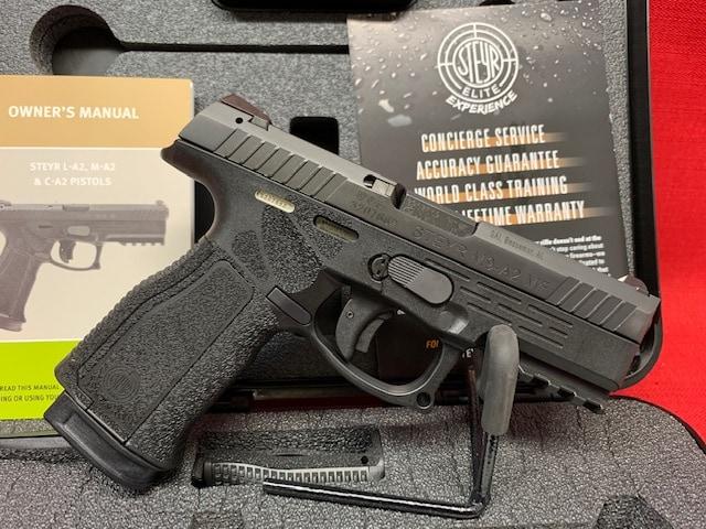 STEYR 9MM M9-A2