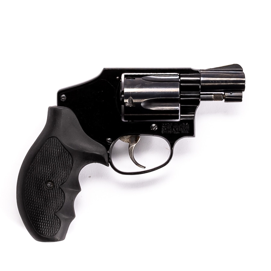 "SMITH & WESSON MODEL 42 ""AIRWEIGHT"""
