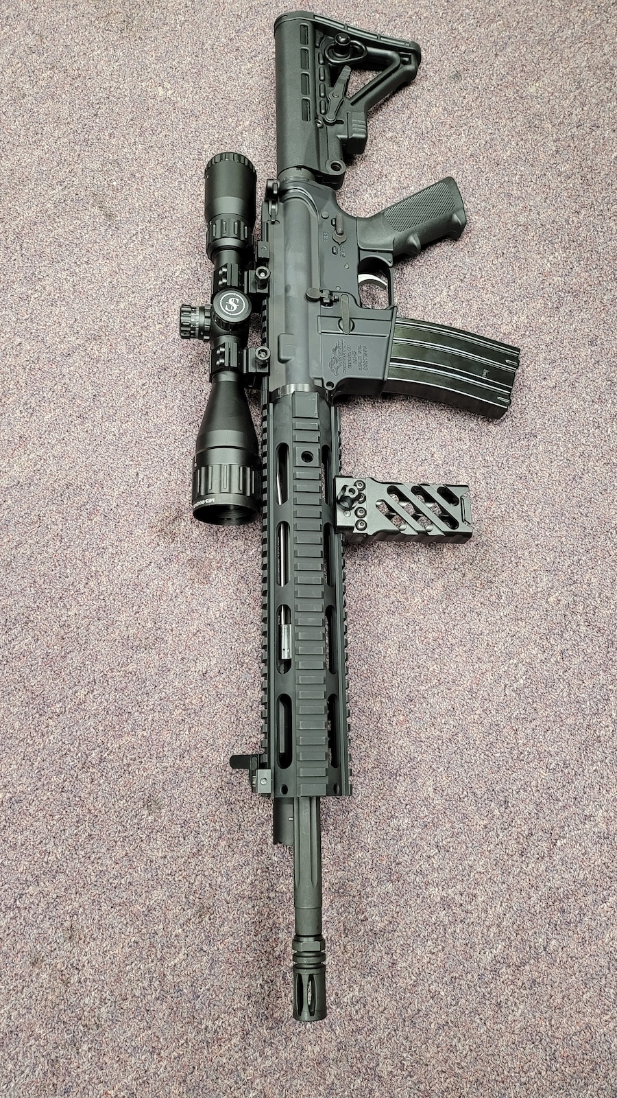 ANDERSON MFG. fully loaded ar15 am15 with 30rd magazine
