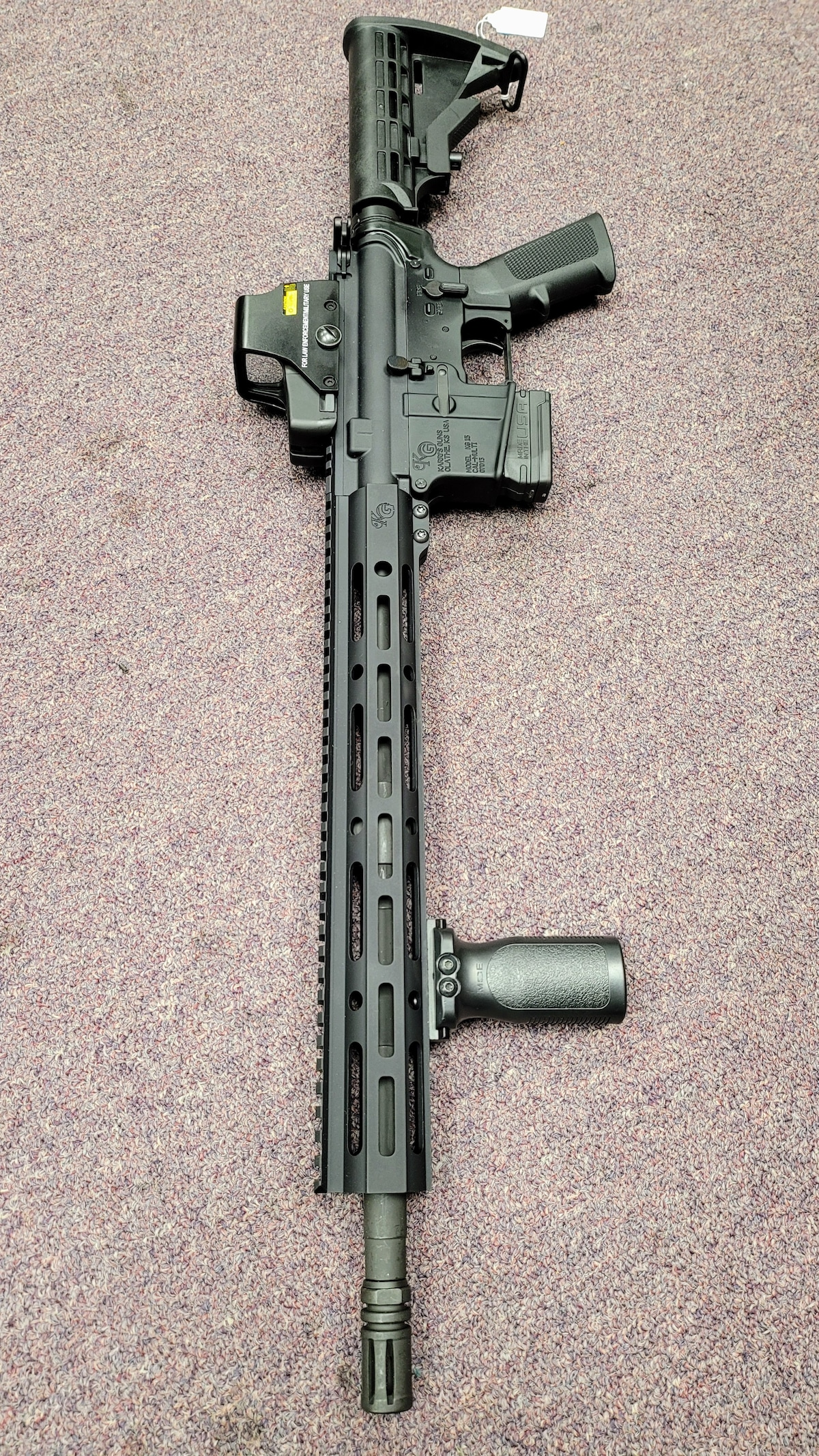 KARRI'S GUNS KG-15 AR with 10rd magazine and red dot sight