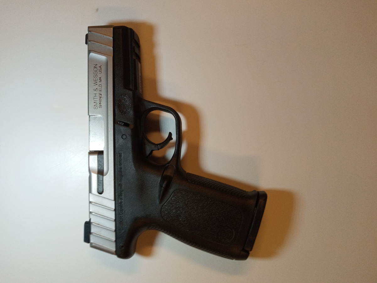SMITH & WESSON SD 40 VE