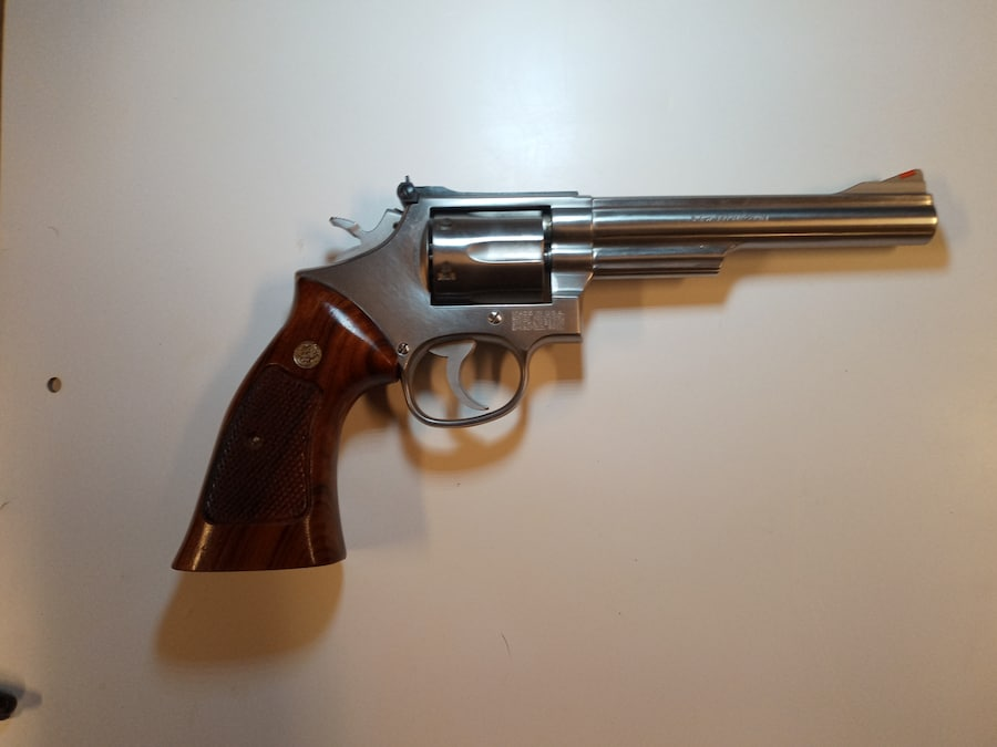 SMITH & WESSON MODEL 66-3