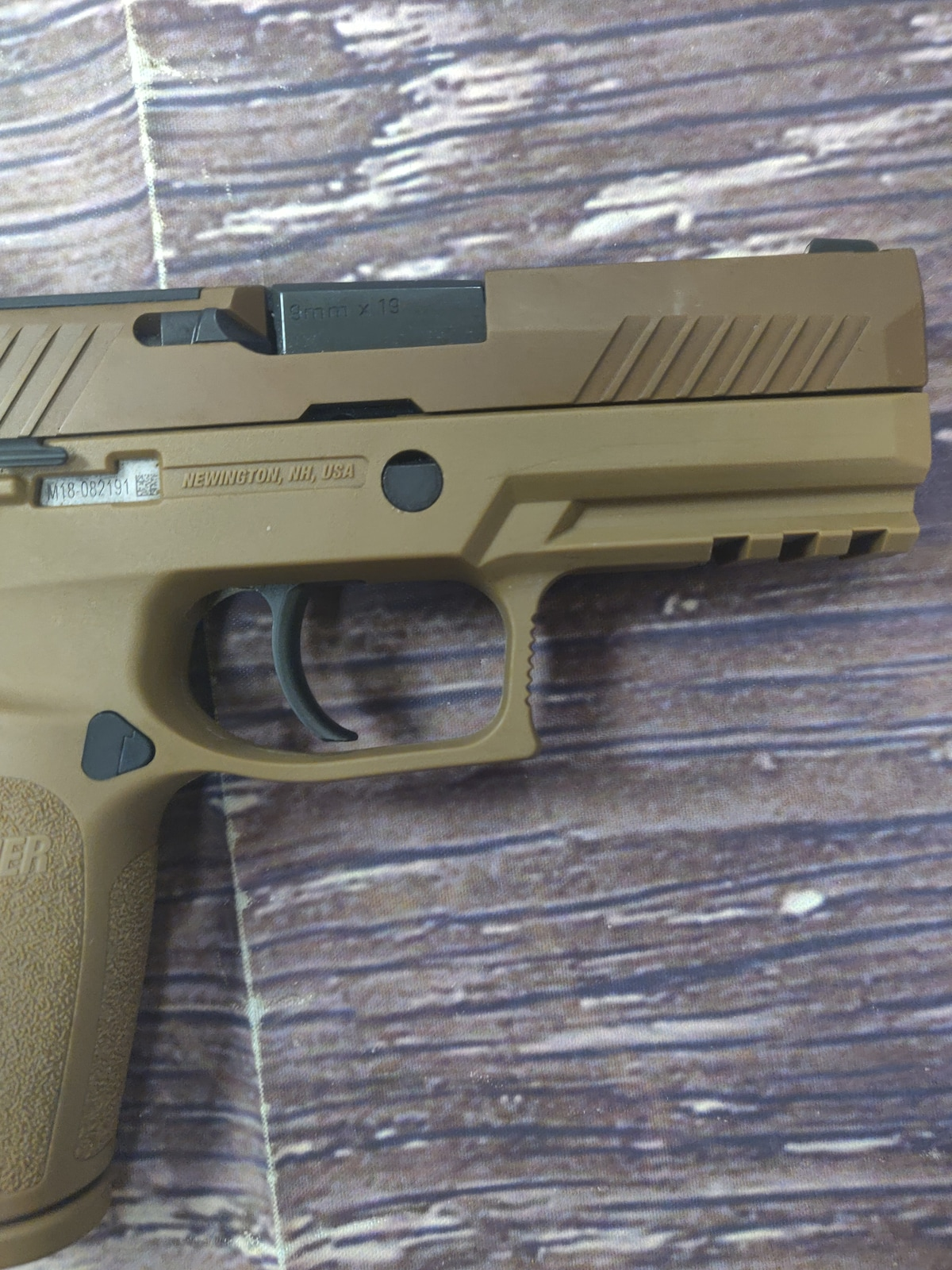 SIG SAUER P320 M18 with Night Sights