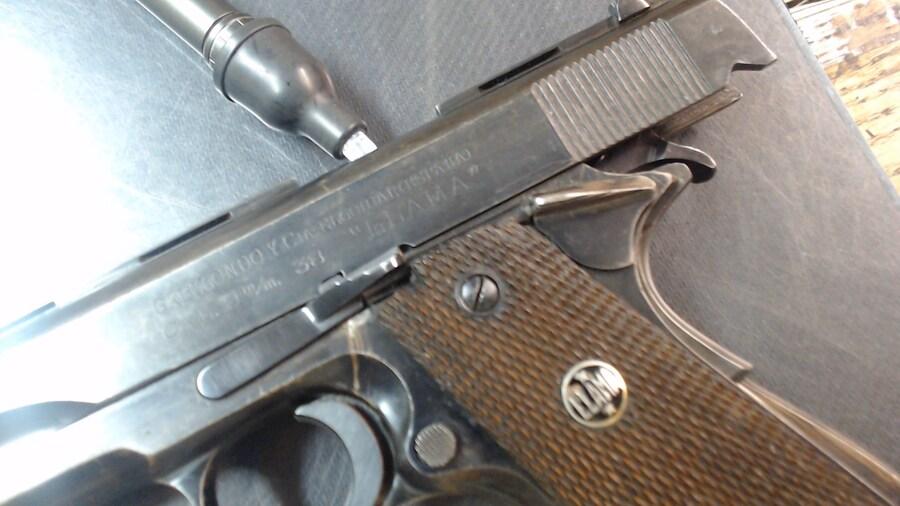 LLAMA 1911
