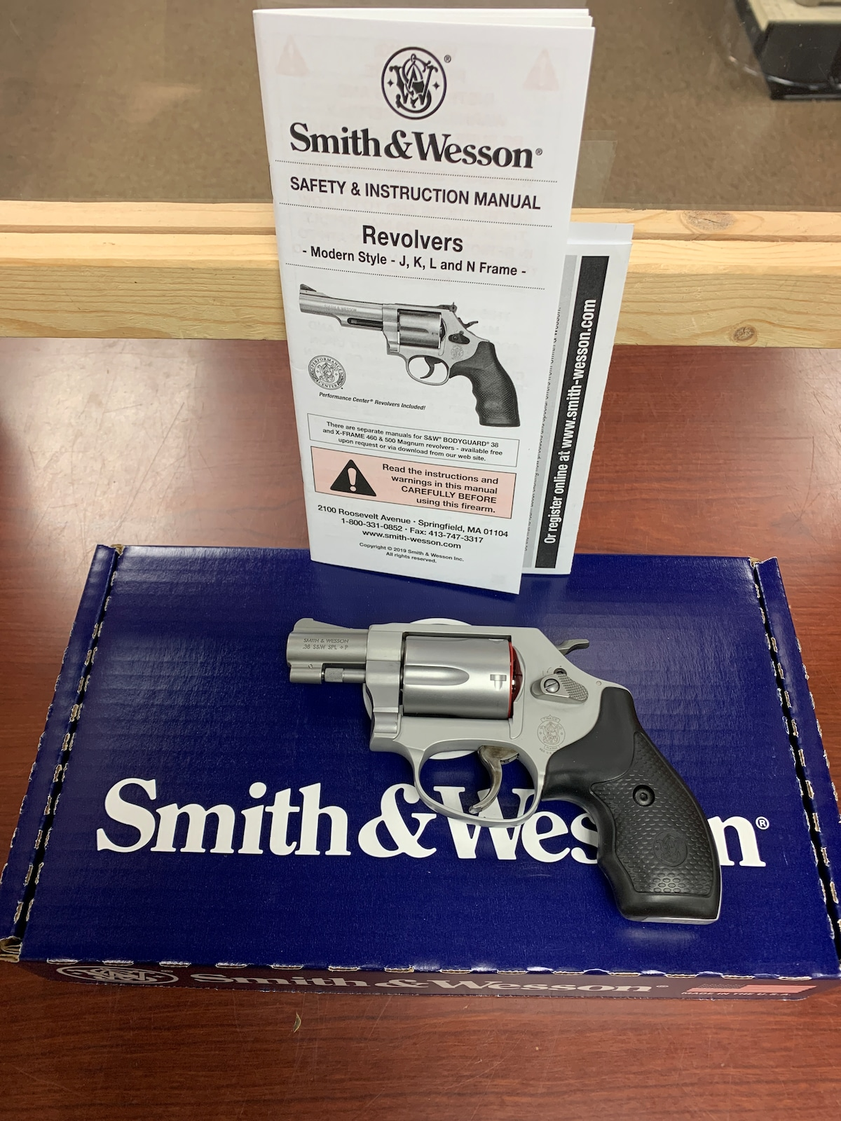SMITH & WESSON 637-2 163050 Airweight 637