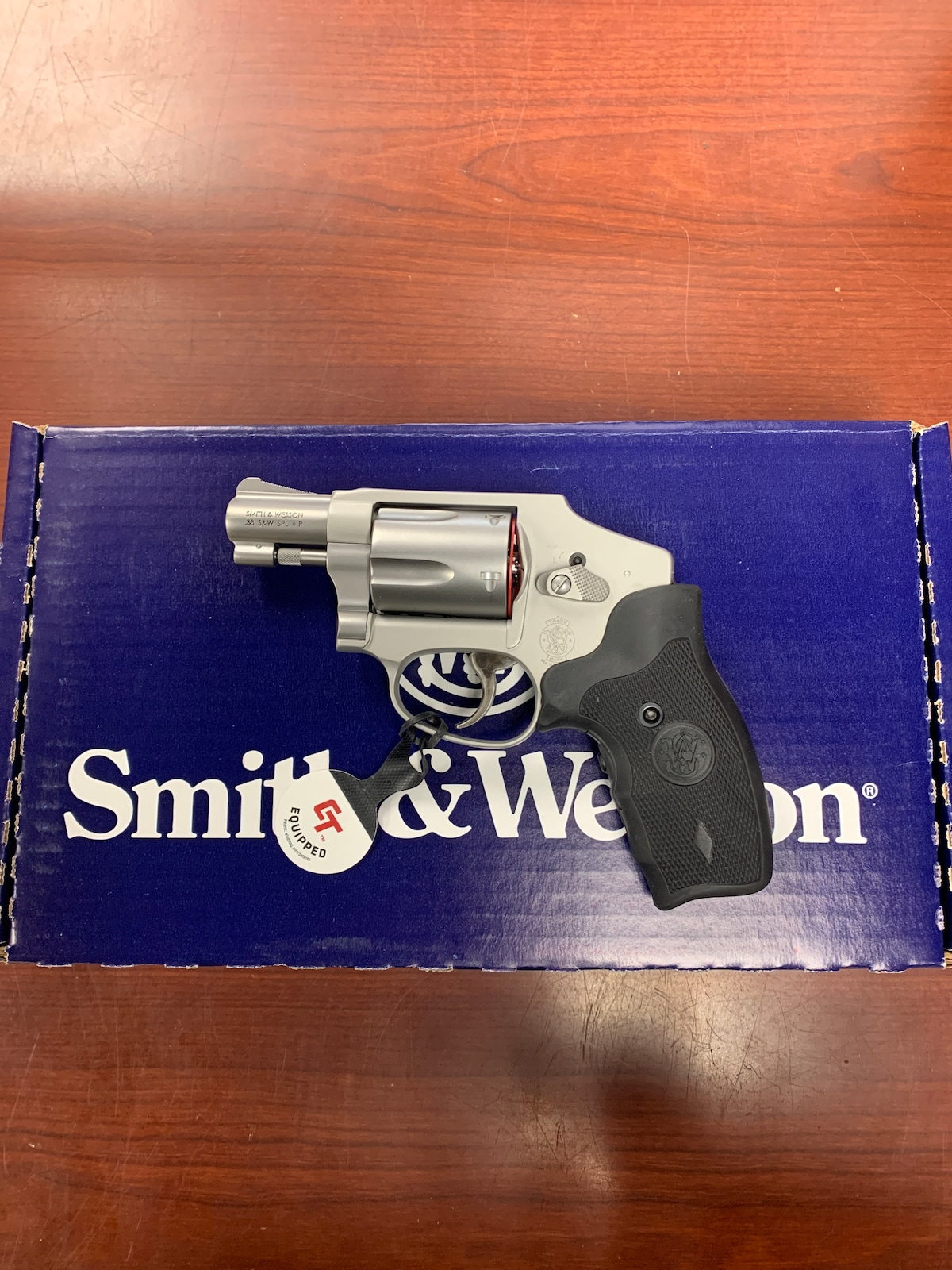 SMITH & WESSON 642-2 airweight crimson trace laser grip 163811