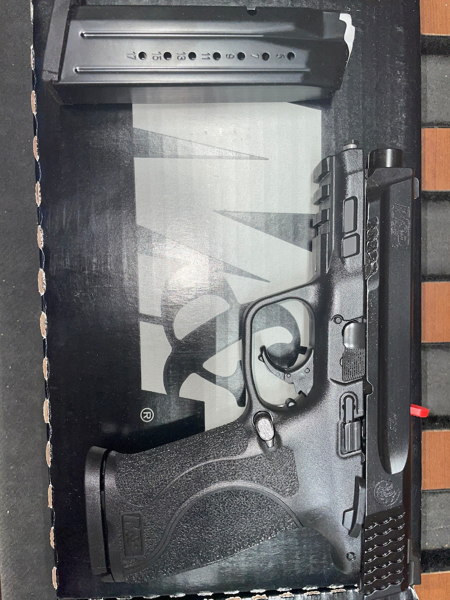 SMITH AND WESSON M&P9 M2.0