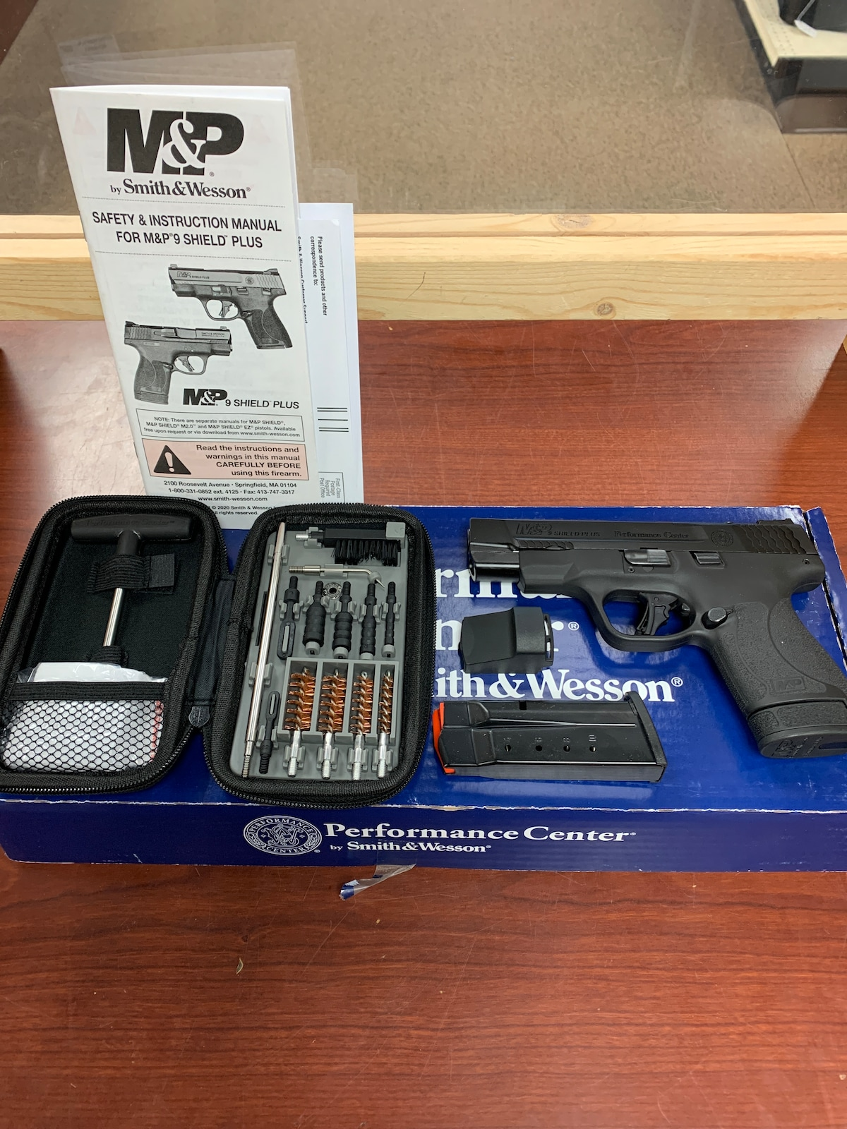 SMITH & WESSON pc m&p9 shield pls nts op pt, no thumb safety, fiber optic, ported, ct red dot 13253
