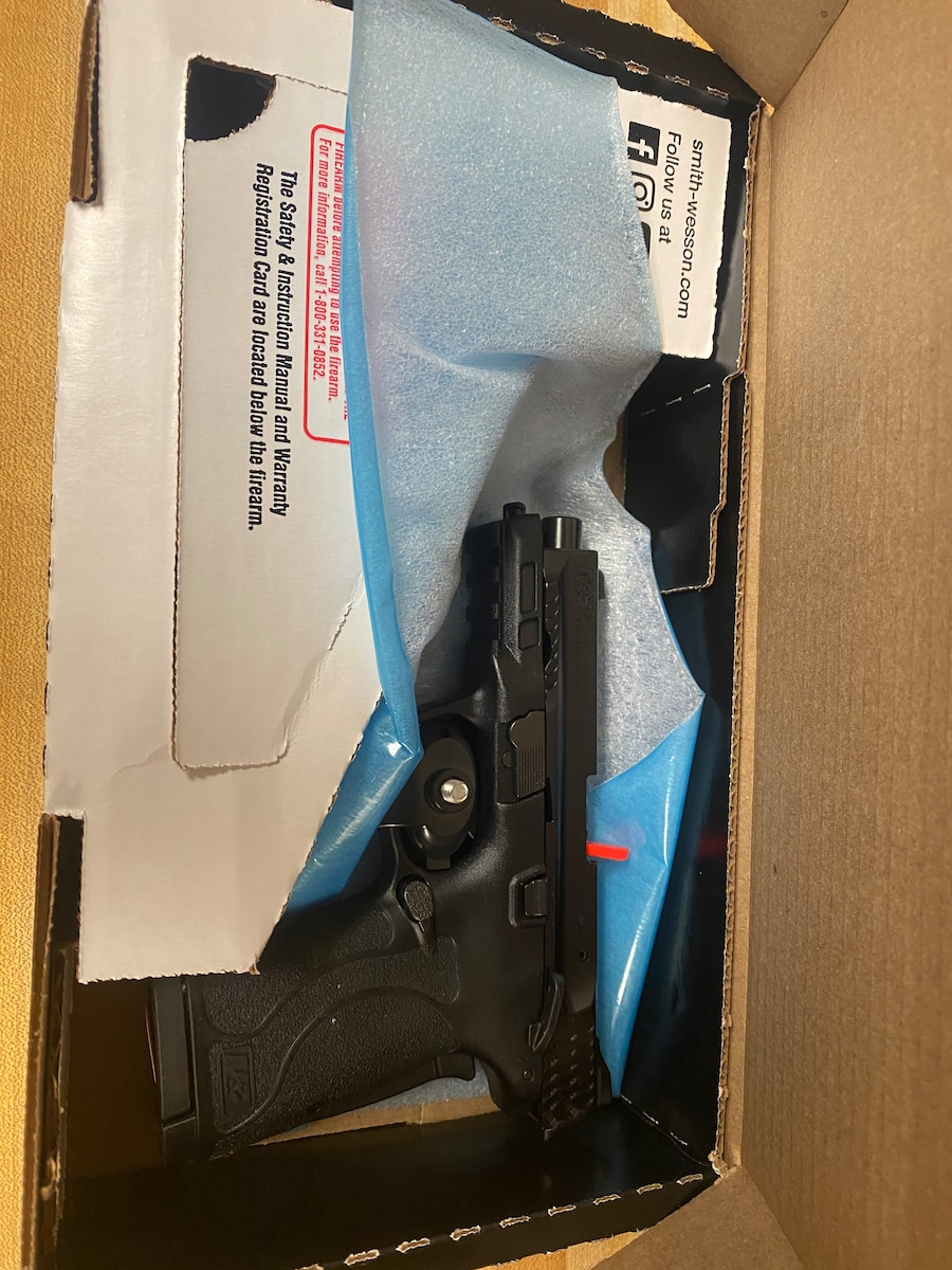 SMITH AND WESSON m&p380 EZ Shield