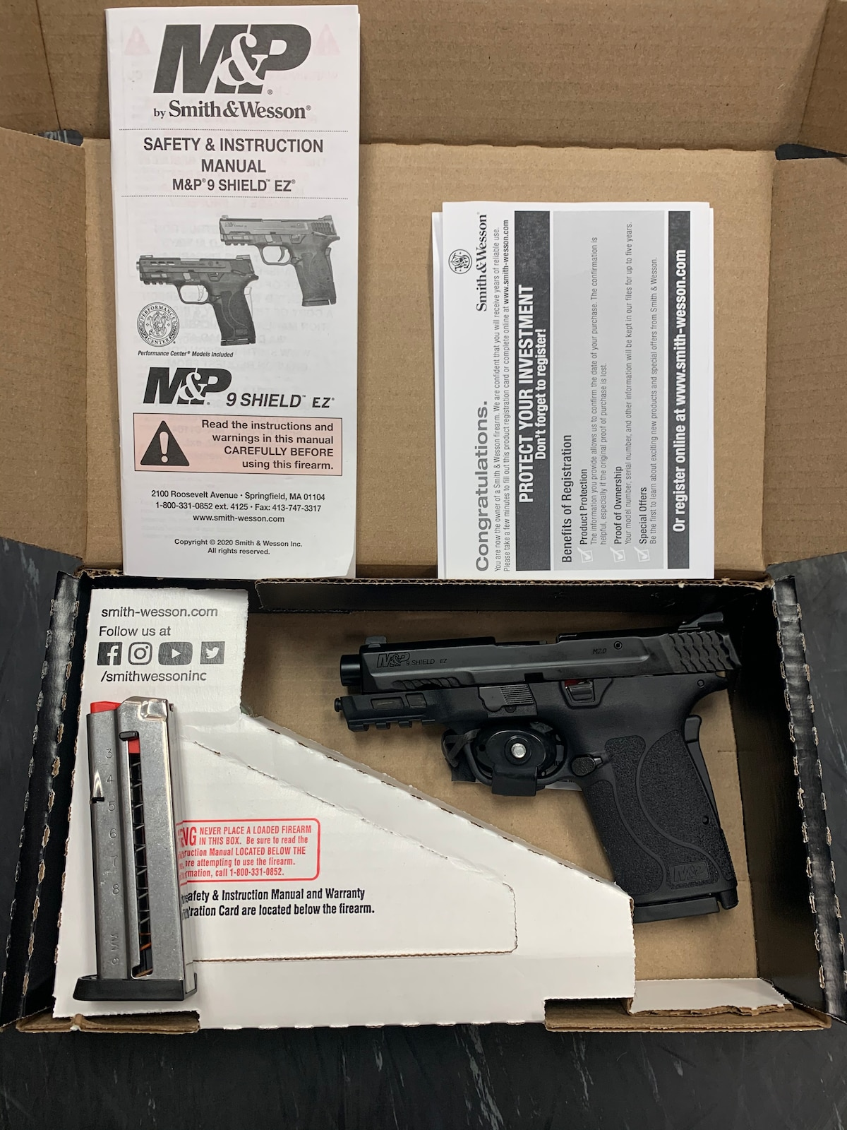 SMITH & WESSON M&P 9 Shield EZ M2.0