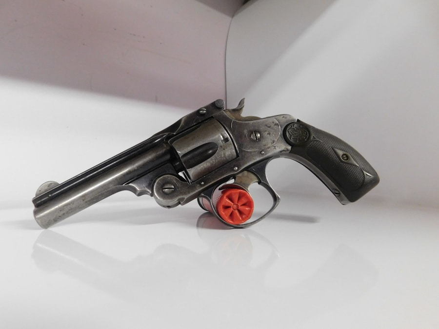 SMITH & WESSON Short Top Break Revolver