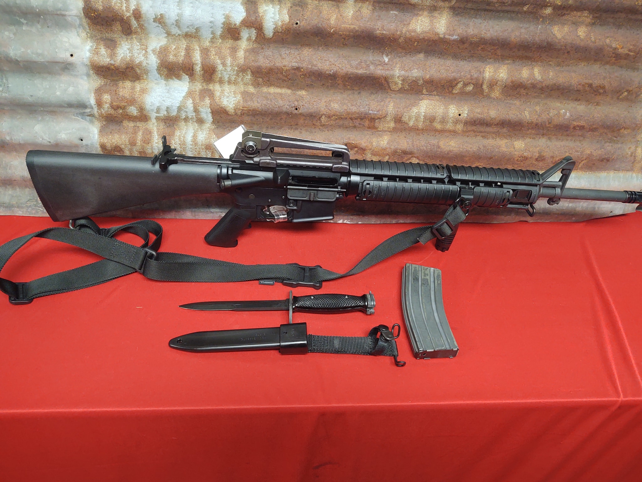 ANDERSON MANUFACTURING FEATURELESS AM-15 AR AR-15 M4 M16