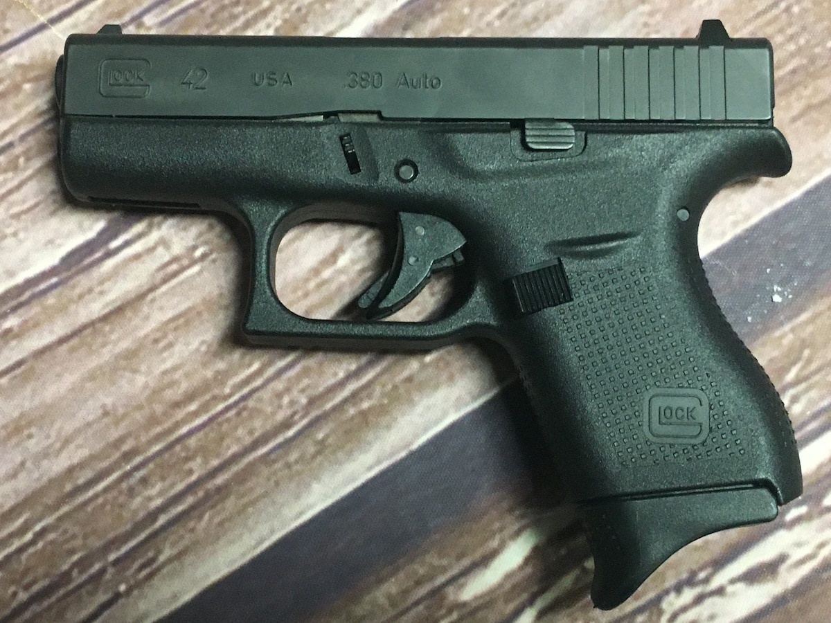 GLOCK 42 G42 (With leather holster)
