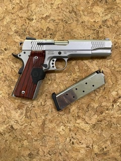 SMITH & WESSON SW1911CT