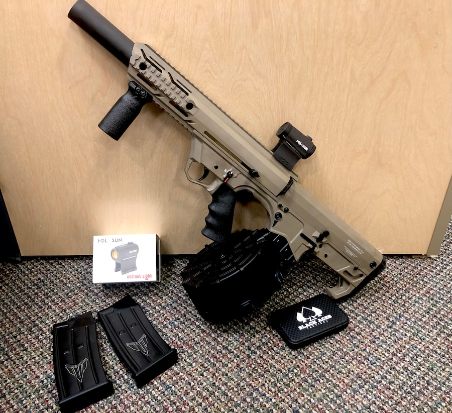 BLACK ACES TACTICAL FD12 special EDITION with Holosun and drum