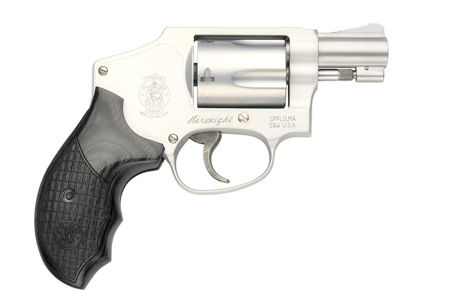 Smith and Wesson 642 Deluxe