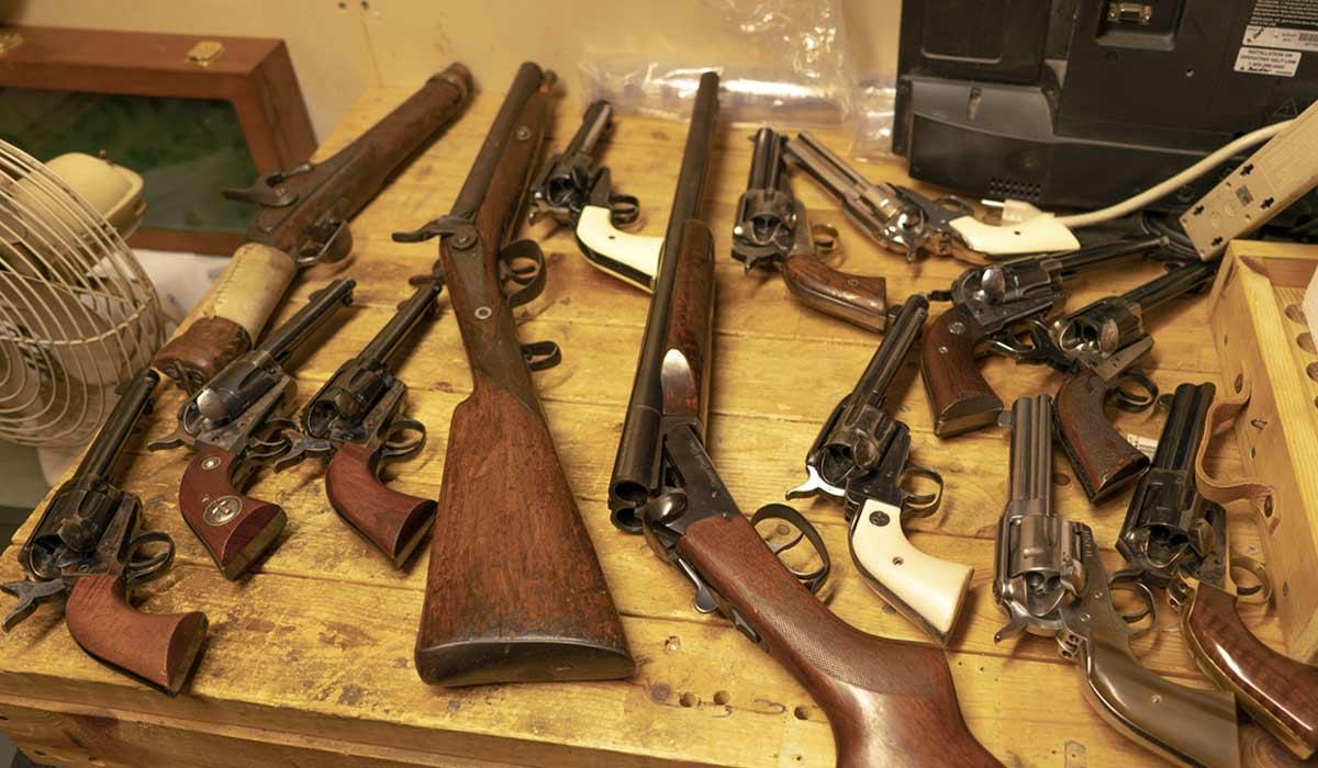 Guns belonging to the Vigilantes