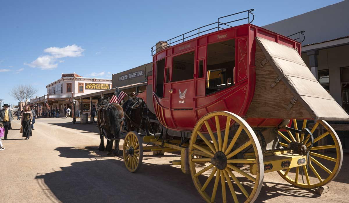 horse drawn carriage on Allen Street
