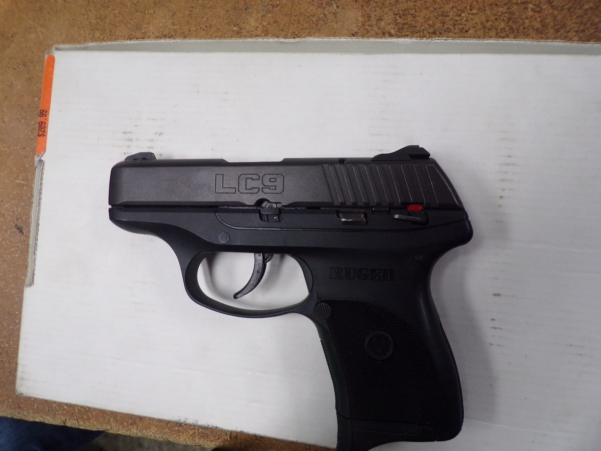 RUGER LC9 9mm Compact