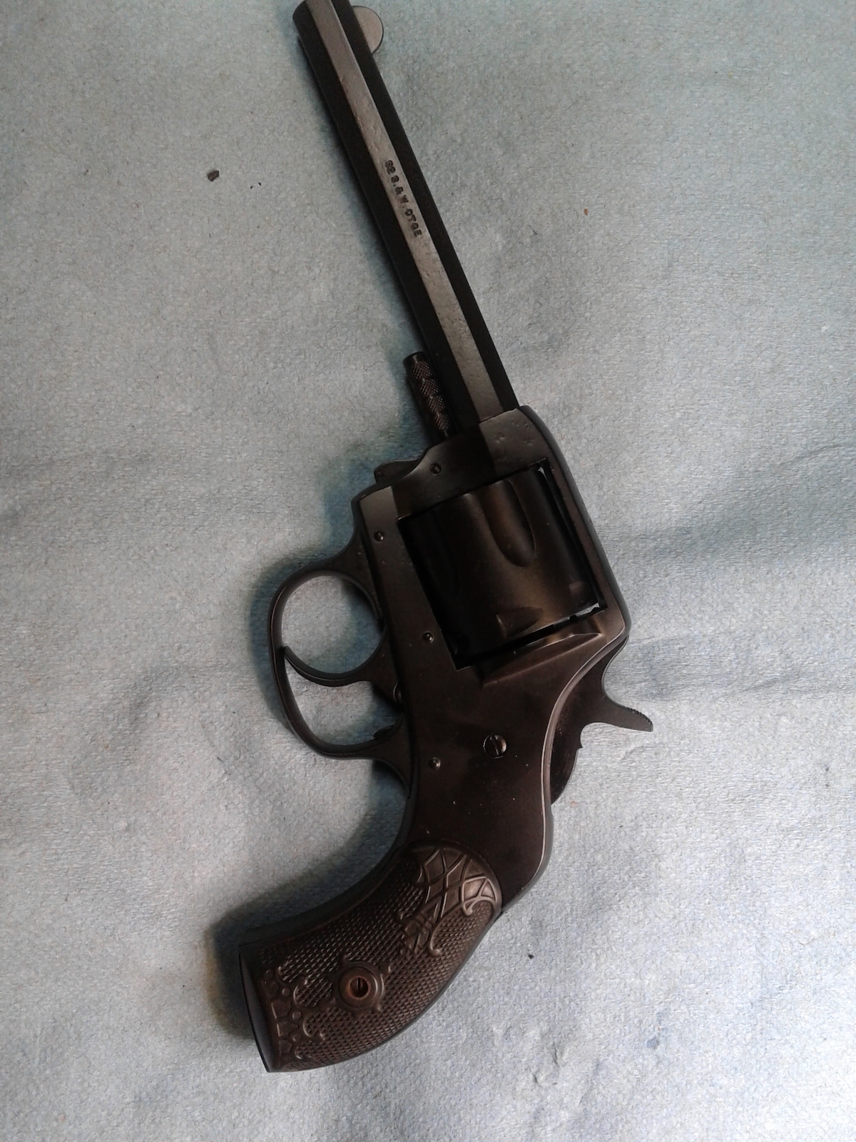 H&R THE AMERICAN DOUBLE ACTION