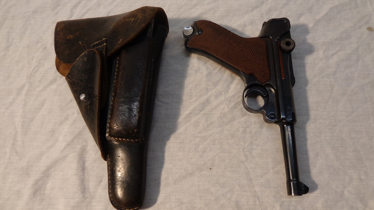 MAUSER P08 Luger with Rig