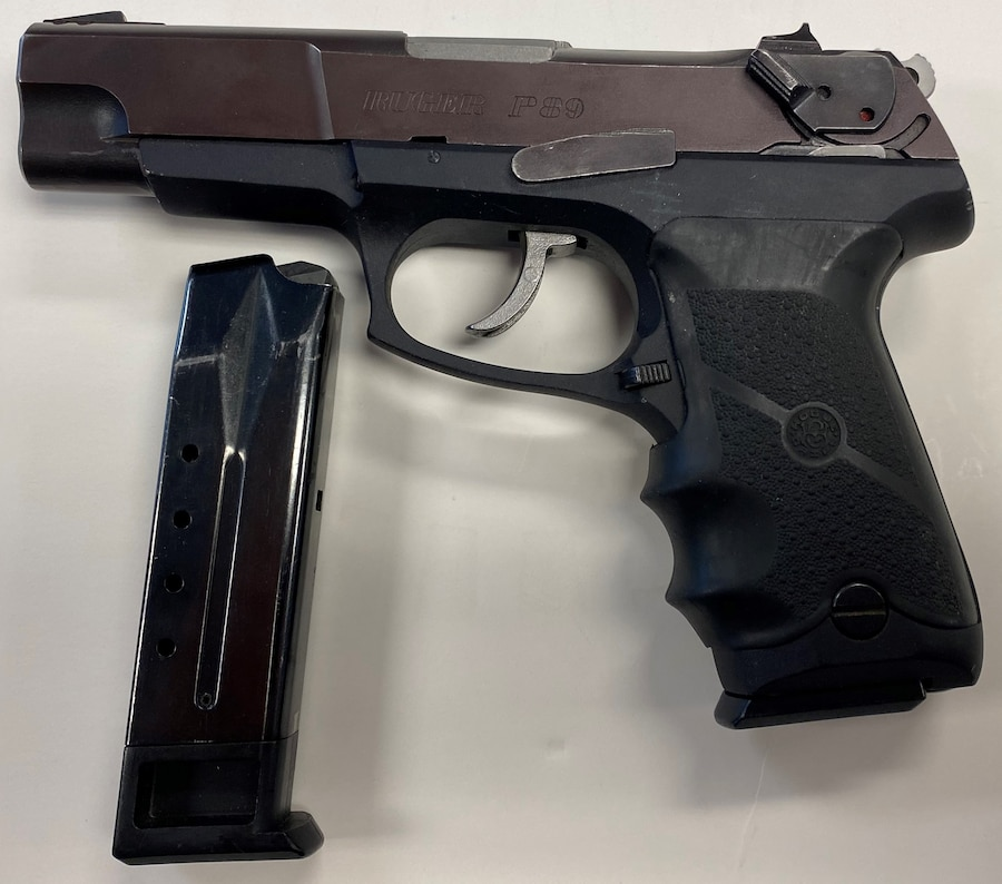 RUGER P89 9mm w/ 2 mags