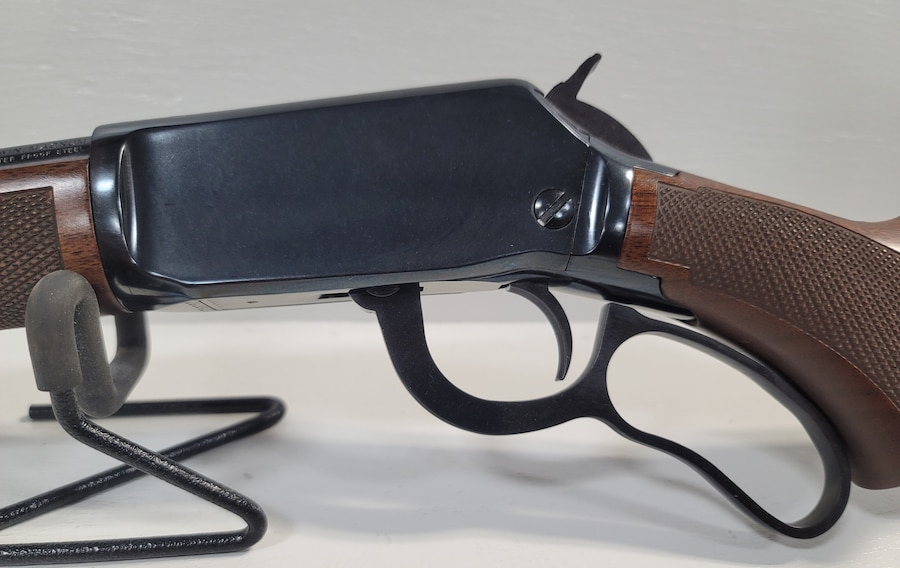 WINCHESTER 9422 Legacy 22 Win Mag