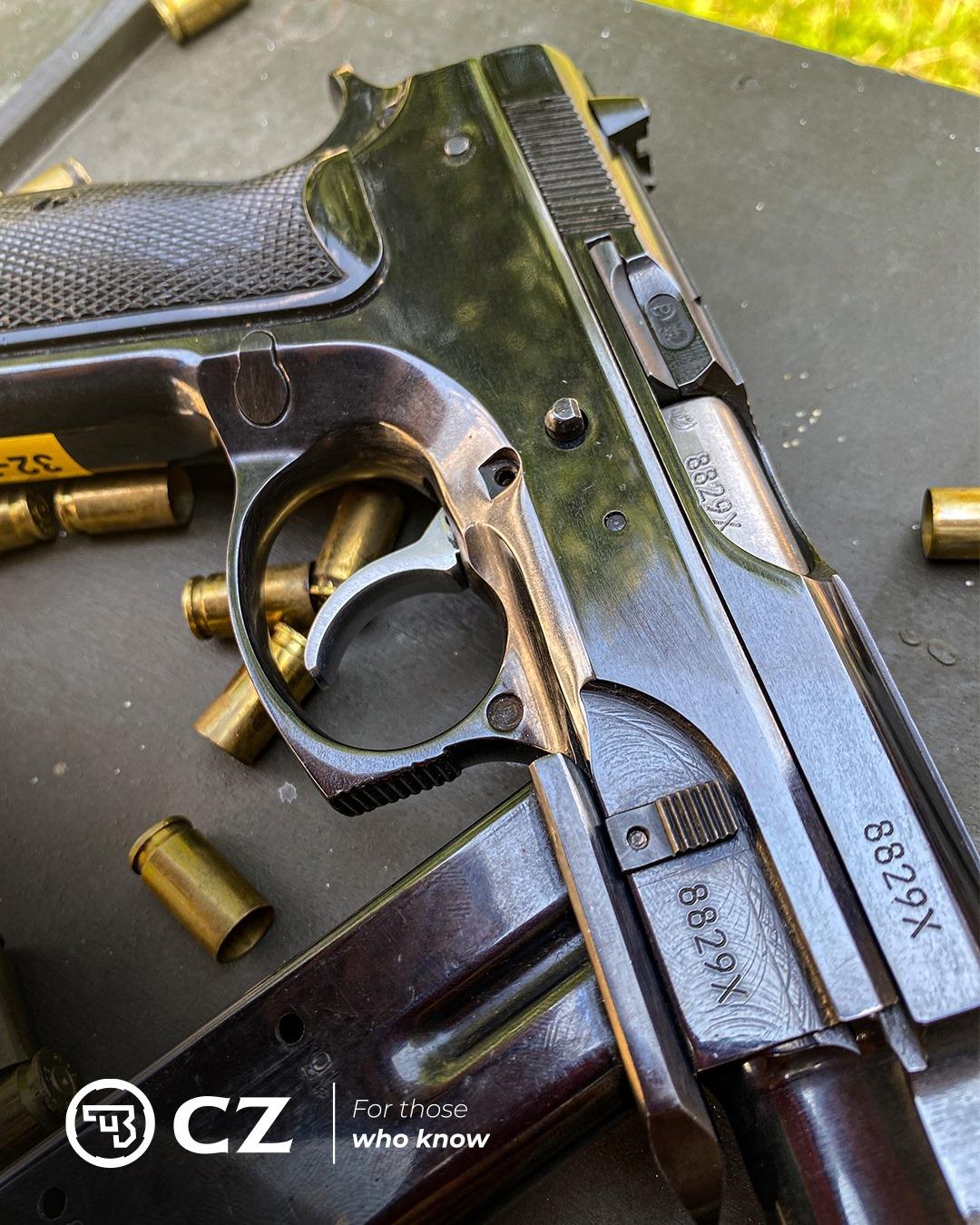 CZ-75 Automatic,
