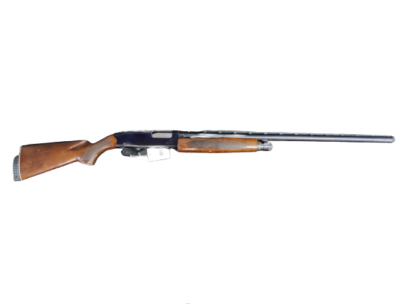 WINCHESTER MODEL 1200 w/WOOD ROUND LIMITER, SOFT CASE, 2 CHOKES
