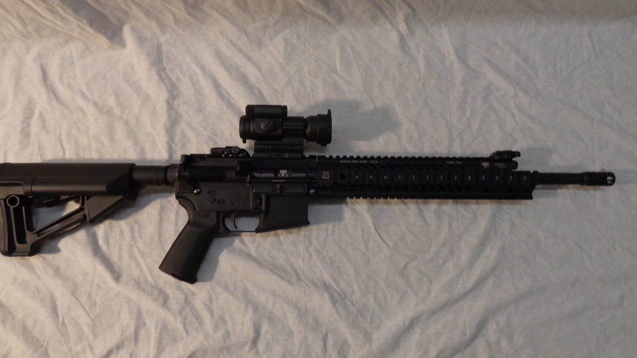 ADAMS ARMS AA-15 w/Aimpoint PRO
