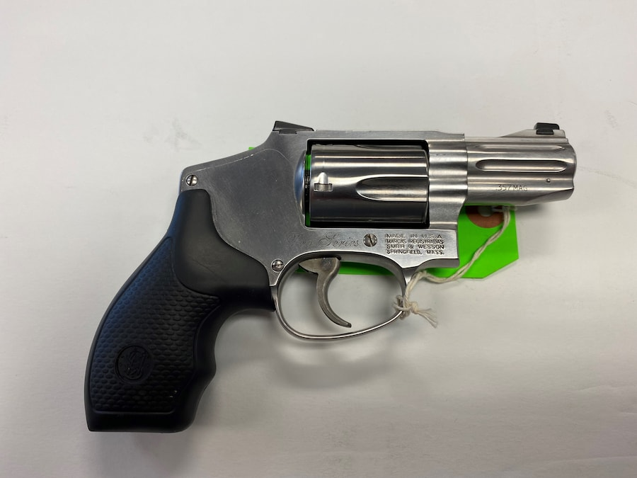 SMITH AND WESSON 640-1