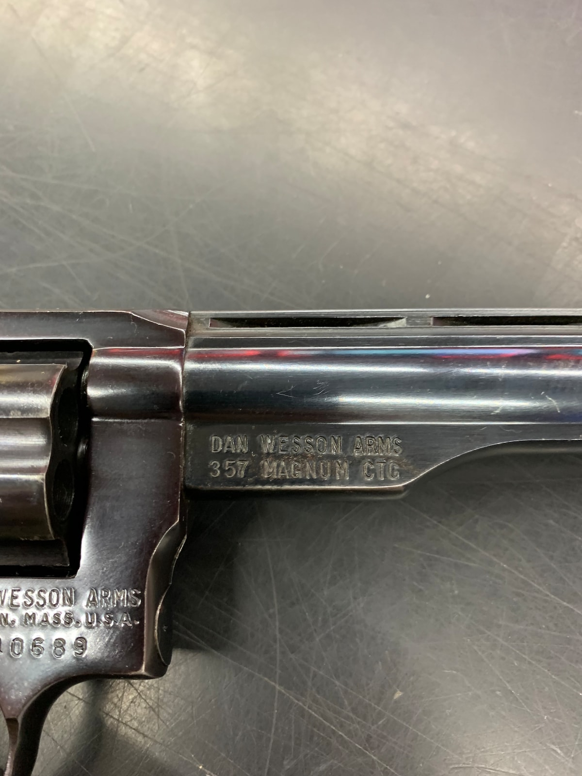 DAN WESSON 357 MAGNUM CTG 1970s
