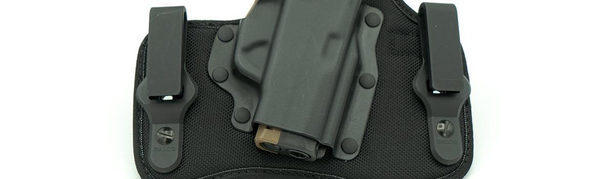 Glaco KingTuk Cloud holster with P365 pistol