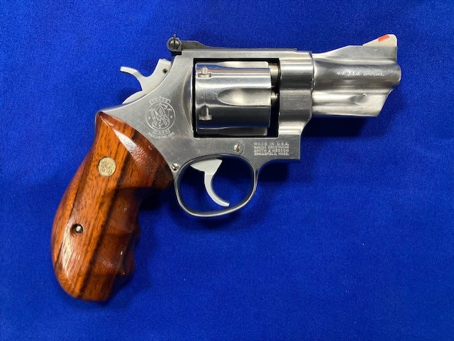 SMITH AND WESSON 624